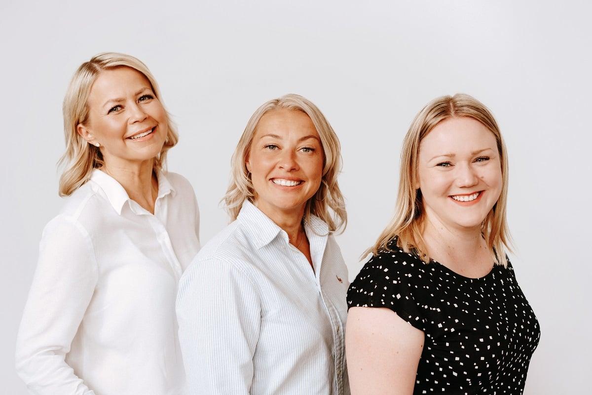 Kati Maajaakkola, Memmu Pitkänen ja Riikka Souru muodostavat yhdessä IDEAAn.