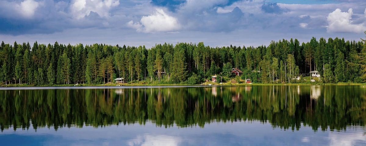 Kuvituskuva järvimaisema