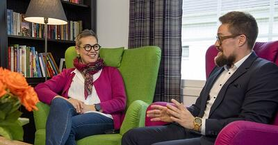 Mari Seppänen ja Juha-Pekka Luukkainen, kuvituskuva.