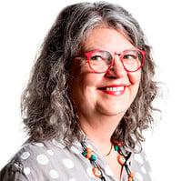 Merja Komusaari, henkilökuva.