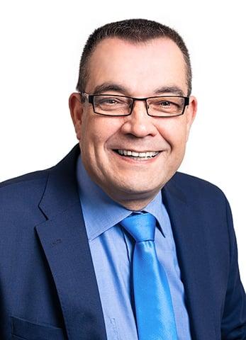 Arto Mäki-Opas, henkilökuva.