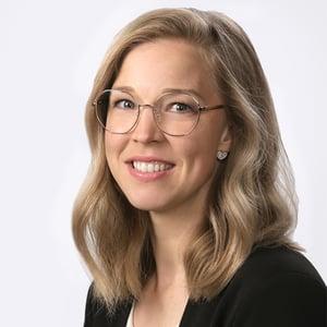 Kati Savinainen, henkilökuva.