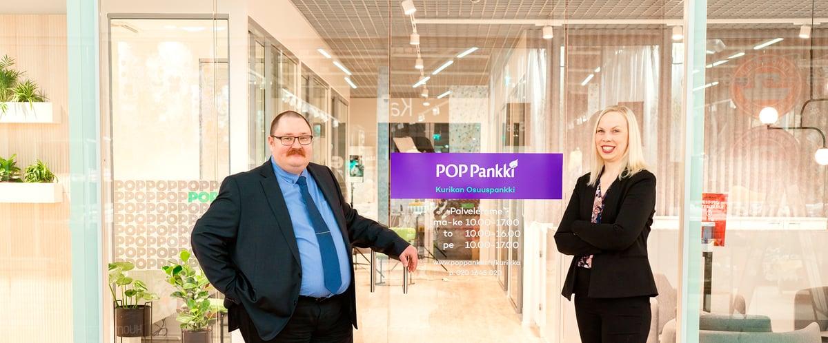 Lakiasiainjohtaja Aleksi Forsström ja notariaattisihteeri Kirsi Talvitie Seinäjoen Ideparkin konttorilla, kuvituskuva.