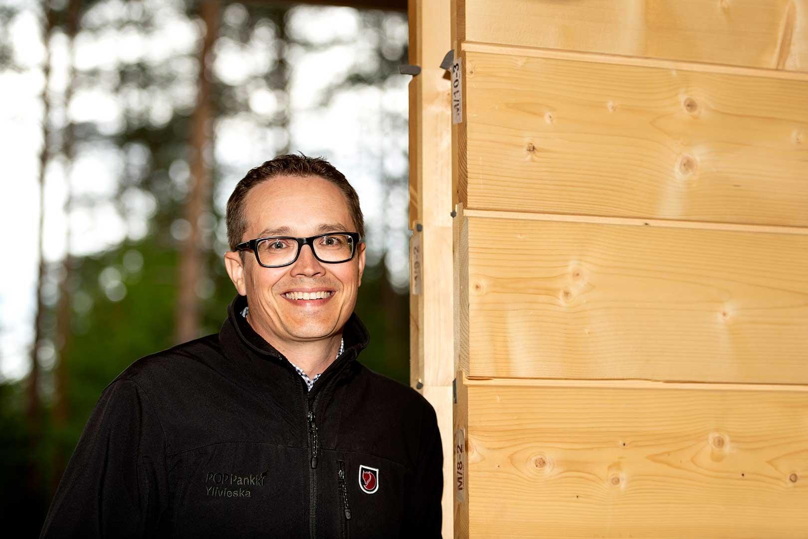 POP Pankki Pohjanmaan Ylivieskan konttorin rahoituspäällikkö Kari Ylimäki